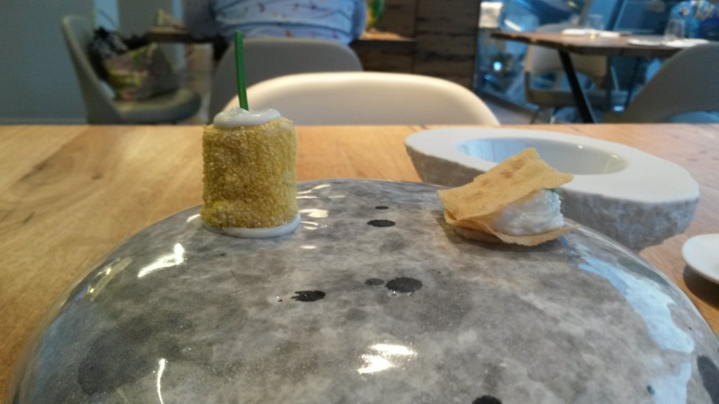 Alice - Milano: amuze Parmesan hapjes
