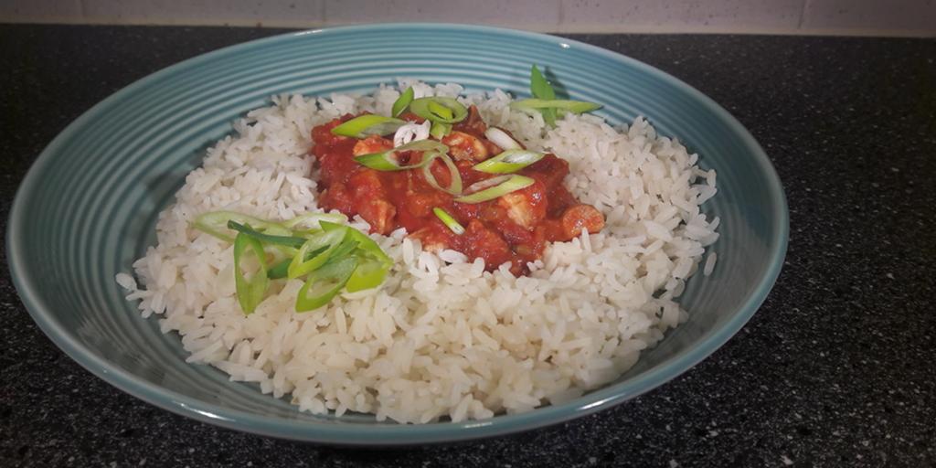 Recept: Kipstoof met chorizo, tomaat en venkel