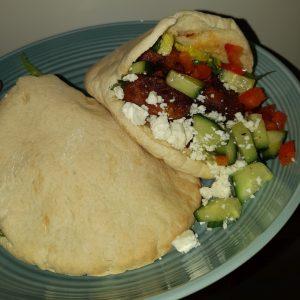 Pitas met falafel en labnedip